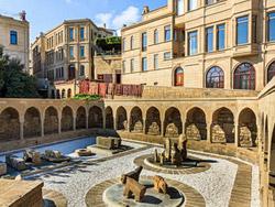 Ichari-Shahar, Baku
